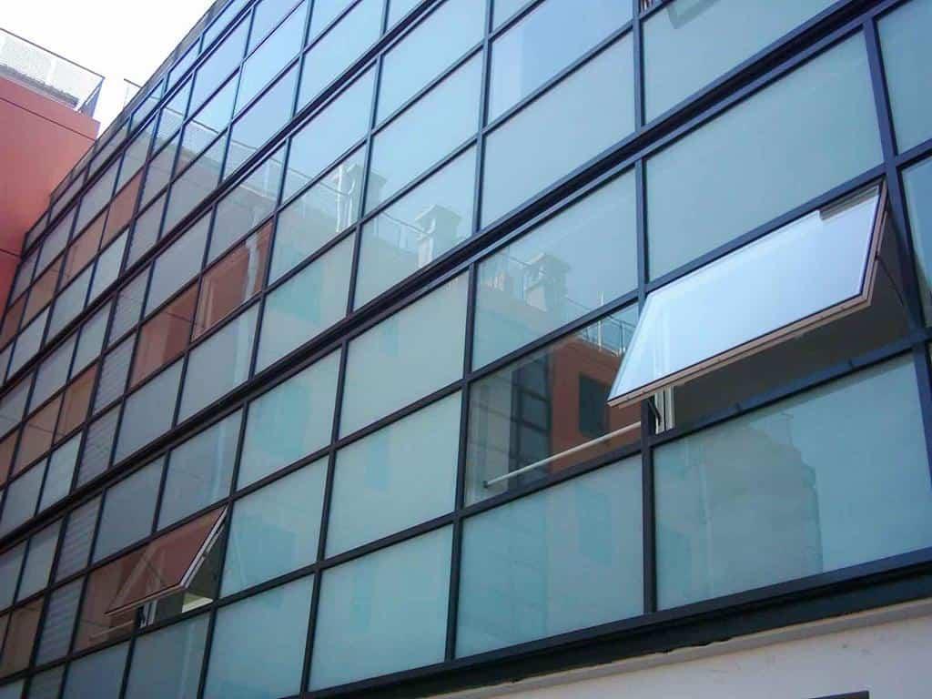 نمای شیشه ای - تترافرم