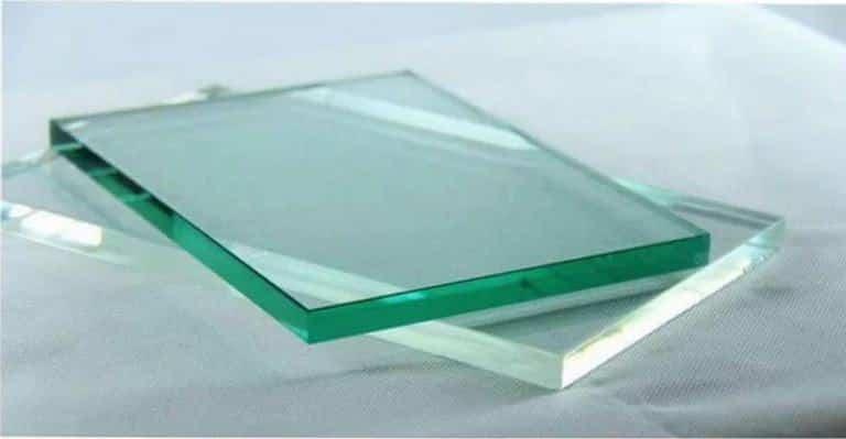 شیشه رنگی - تترافرم