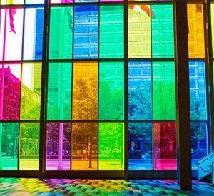 کاربرد شیشه رنگی - تترافرم