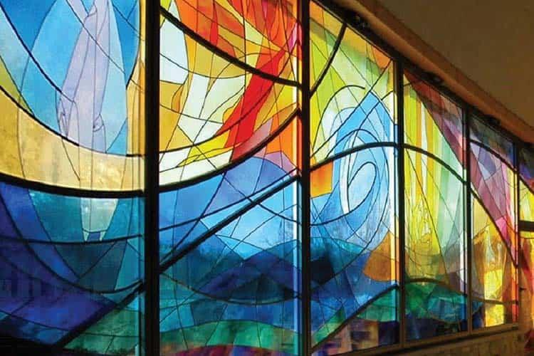 کاربرد شیشه رنگی در قدیم